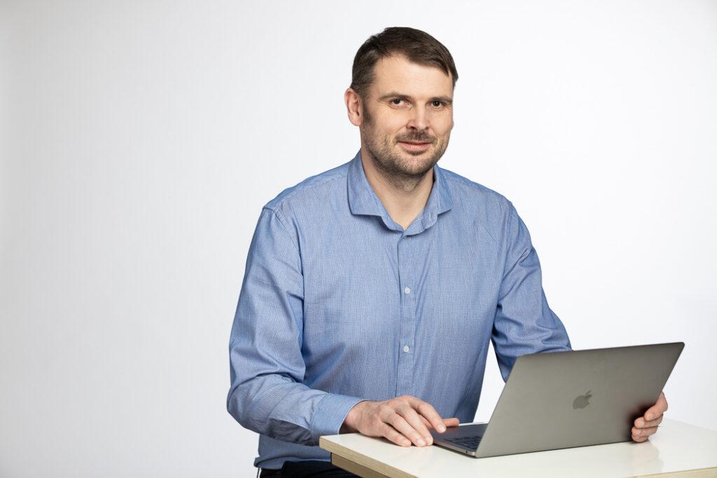 copywriter Roman Věžník